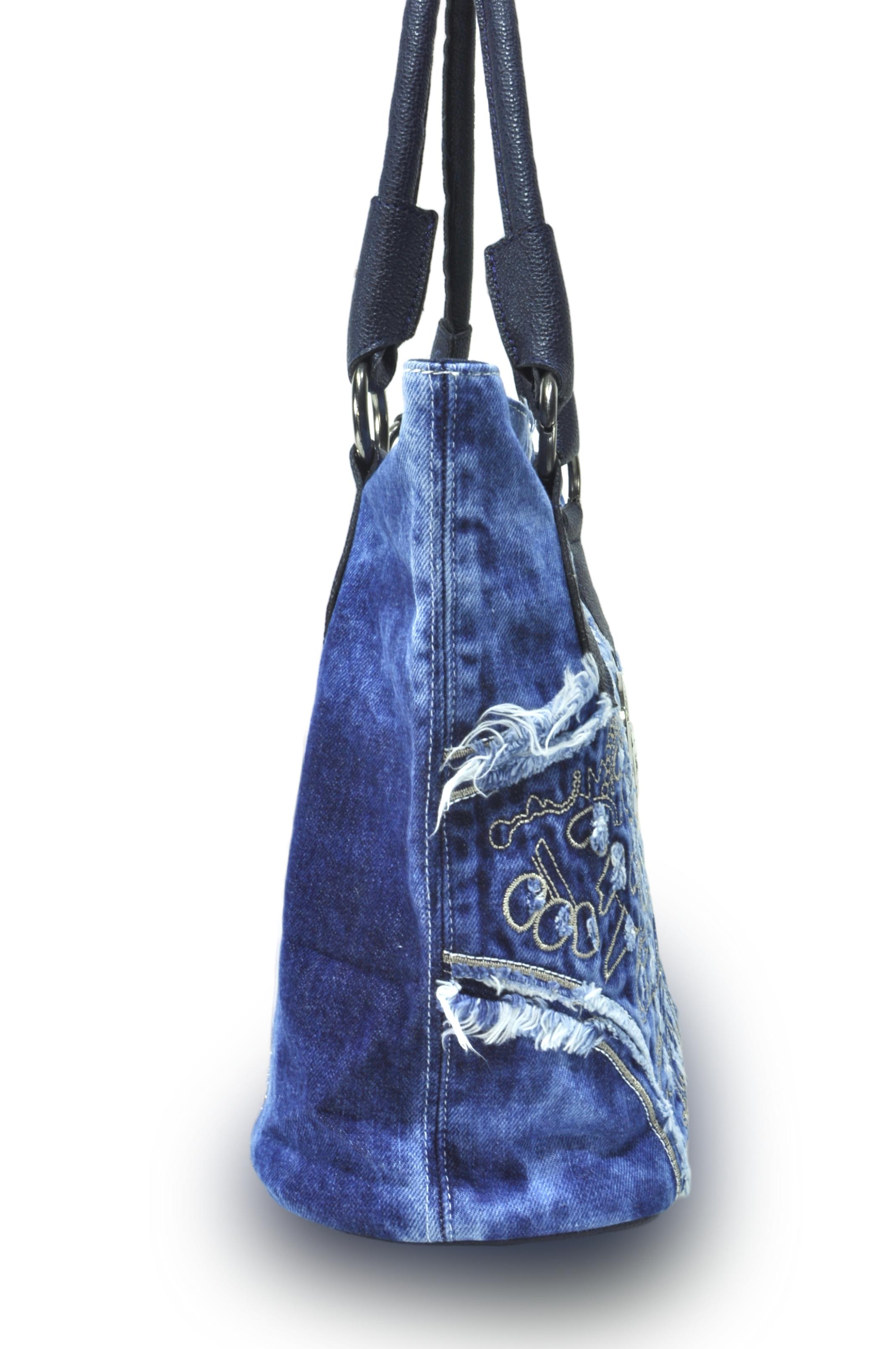 Luxusní riflová kabelka MUENTES. Luxusní riflová kabelka MUENTES 63f21c8abf3